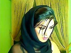 Pakistani Babe On Live Cam Masturbating Porn 0d Xhamster