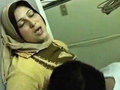 Afghani Housewife Sex