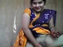 Innocent Looking Aunty Playing With Cucumber Free Porn A3